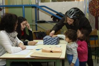 El Globo Rojo elige a sus representantes del Consejo Escolar