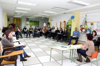 La profesora de tres inicia el trimestre también con las familias