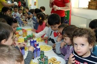 Delicioso banquete en El Globo Rojo para celebrar su tradicional Fiesta de la Primavera