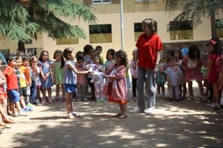 Los alumnos de El Globo Rojo recogen el testigo del próximo curso