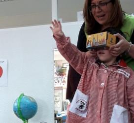 Taller de realidad virtual con los alumnos de El Globo Rojo