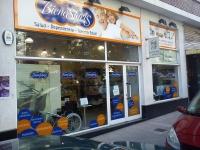 Exposicion y ventas en Vargas 61 Santander