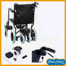 Silla de ruedas con motor auxiliar que ayuda a empujar
