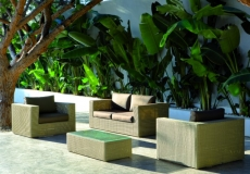 Sofas y butacas de terraza y jardin exteriores