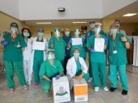 Las protecciones faciales de Porcuna Solidaria llegan al Hospital Alto Guadalquivir de Andújar