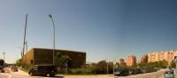 La central de generación de energía térmica con biomasa y los bloques de viviendas a los que suministra