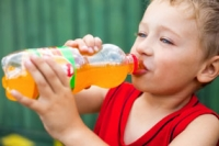 Estudio denuncia tácticas de marketing azucarado