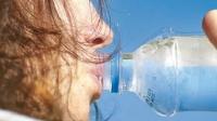 Unión Europea declara que el agua no hidrata agua hidratación