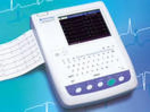 Electrocardiógrafo de 12 canales