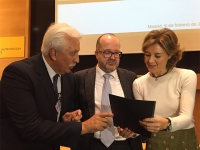 Entrega del decálogo de propuestas para la próxima legislatura a la ministra de Medio Ambiente