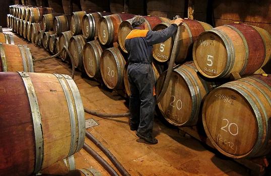 La barrica de roble, el mejor aliado para los vinos de calidad