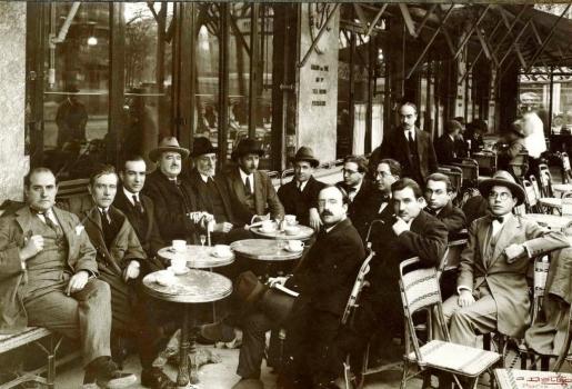 Cafés, tabernas  y bares; el viejo y sabio aroma de nuestra identidad
