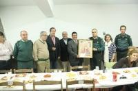 ANDÚJAR: La Guardia Civil recibe un cuadro de la Virgen a manos de la Cofradía Matriz