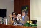 """CASTELLÓN: Elena Soriano presenta el novela """"La Semana Santa de mi Vida"""""""