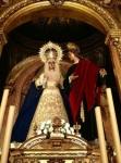 SEVILLA: Dulce Nombre. Función a San Juan Evangelista y estreno de túnica y mantolín confeccionados por Grande de León
