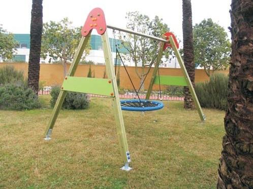 Columpio de cesta nido para parques infantiles con losetas for Columpios infantiles