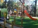 Culmina en los Jardines del Cristina la instalación de juegos infantiles adaptados para niños con discapacidad
