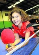 Una maestra de las mesas de ping-pong