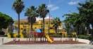 rehabilitación en los columpios del Parque Infantil de la Plaza Cayo Ramírez Santana