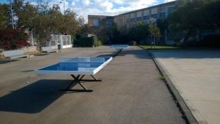 Mesa de ping-pong infantil.