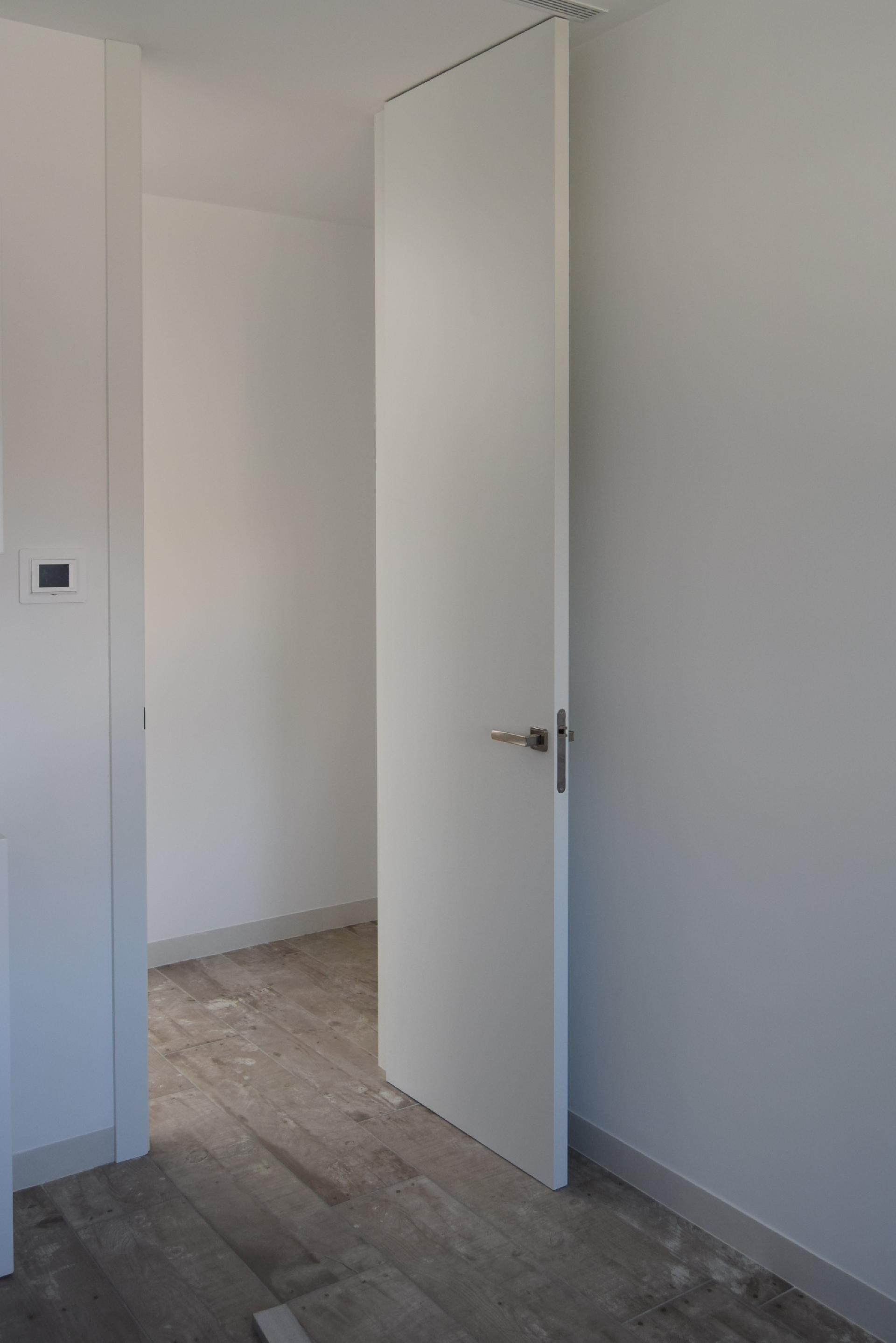 Servicio integral de block - Puertas hasta el techo ...
