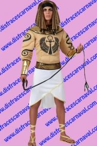Egipcio pecho musculoso