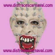 mascara terror hombre con clavos