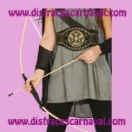 arco de madera con flechas