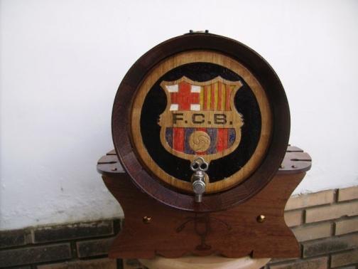 Barril personalizado con talla o grabado de 16 litros