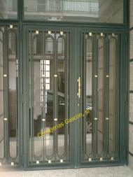 Puerta de portal modelo 05