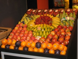 FRUITS AND PACKAGING