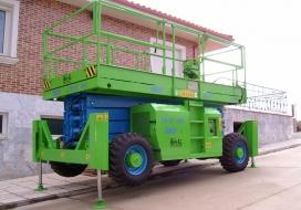 EMC PE-12-15 y 18 Altura de trabajo hasta 18 m.