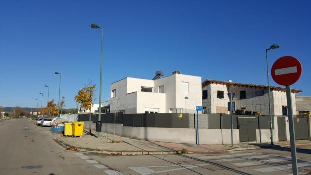 vivienda acabada c\ Nicolás Guillén 10 , Villalbilla