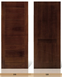 Puertas de entrada madera maciza iroko pino puertas for Puertas color pino