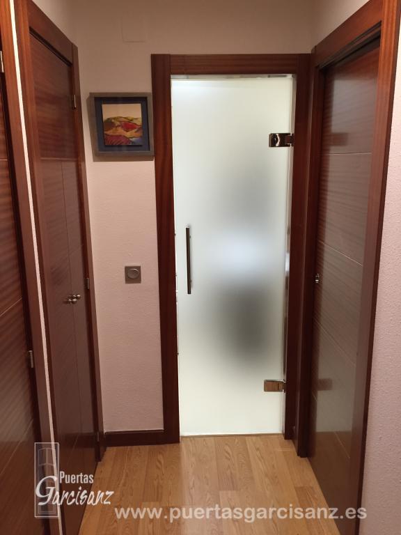 puertas de cristal abatibles y correderas