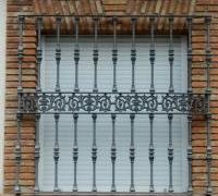 Rejas y balcones 110