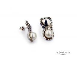 Pendientes plata y perla natural.