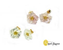 Pendientes flor de nácar