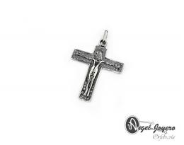 Cruz latina