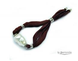 Pulsera de seda, plata y perla