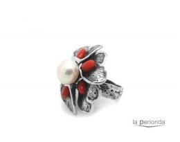 Sortija flor con perla y coral