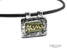 Colgante Mama bronce/verde con cordón