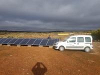 Instalación Autónoma por Placas Solares para casa de campo