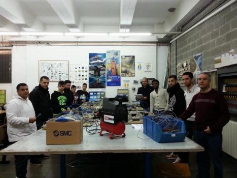 Electroneumática en el CFGM Instalaciones Eléctricas y Automáticas