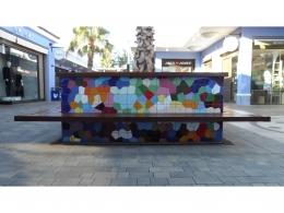 Mural cerámico decorativo de azulejos bancos plaza mayor