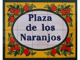 Rótulo de azulejos de cerámica Plaza