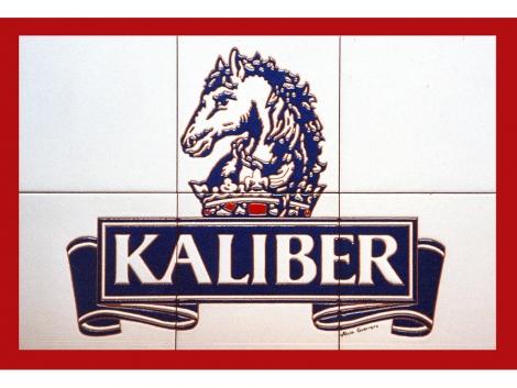 Mural de azulejos de cerámica con logotipo de Kaliber