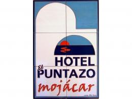 Mural de azulejos de cerámica con logotipo de Hotel