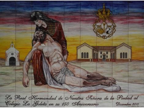 Mural de azulejos de cerámica Nuestra Señora de La Piedad