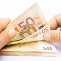 Manipulado de Billetes y Monedas